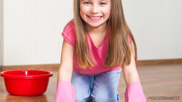 Como o piso aquecido ajuda a evitar o mofo e o bolor?