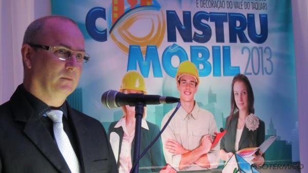 Piso Térmico na Construmóbil 2013, apresentando as vantagens e benefícios do Piso Aquecido